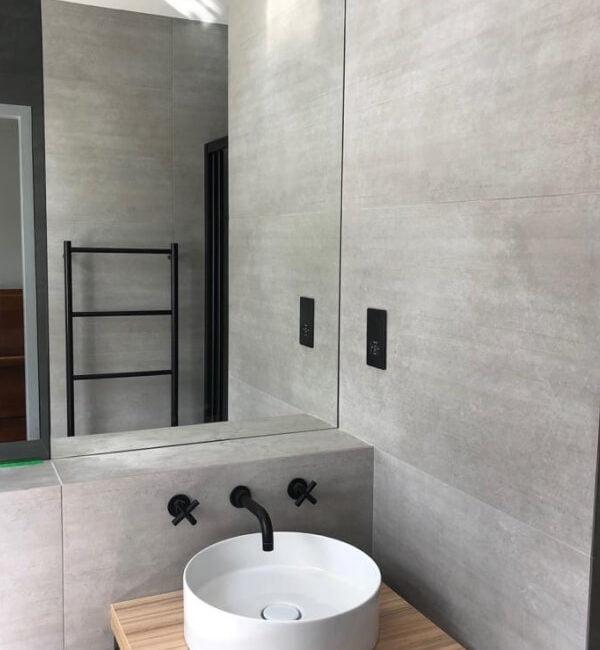 Modern sink basin