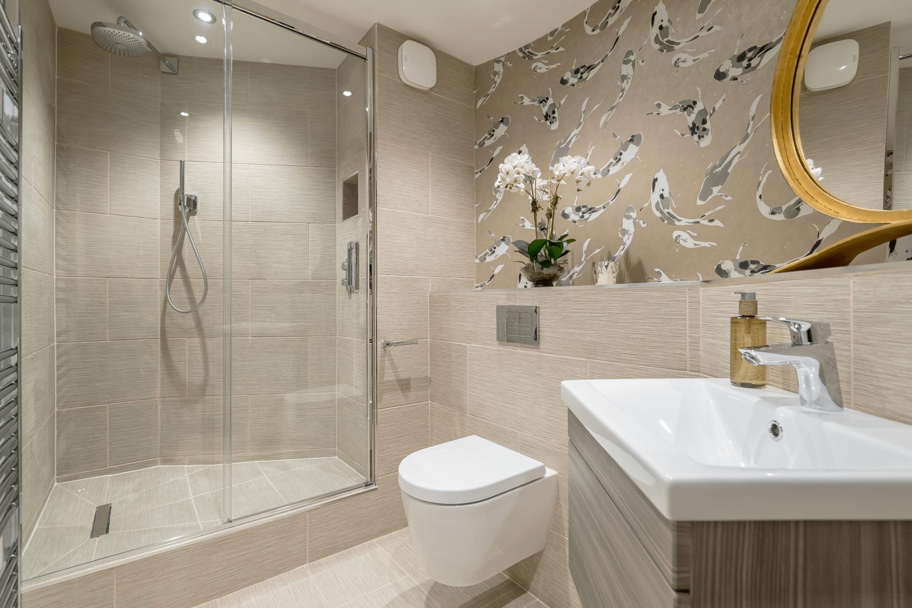 Modern bathroom newly fitted in Edinburgh by Rollo